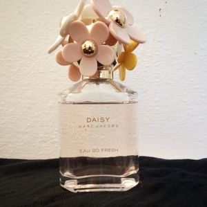Marc Jacobs Daisy Eau So Fresh By Marc Jacobs